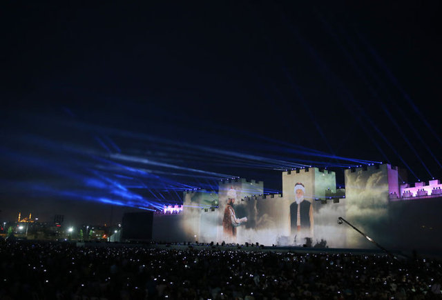 Impressive celebrations in Turkey for the anniversary of the Fall of Constantinople