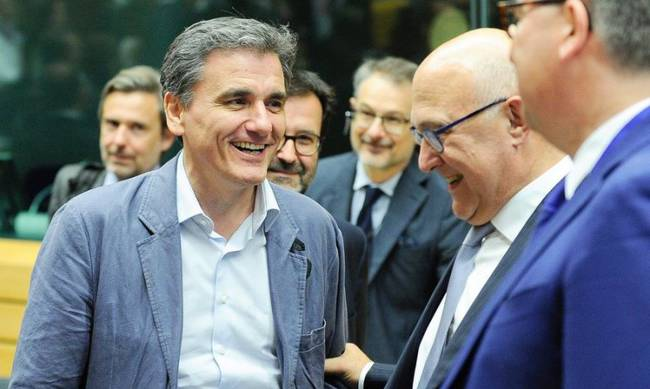 "Eurogroup arrives at ""major breakthrough"" on Greece"
