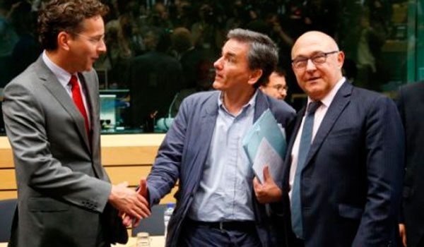 Government turns attention to crucial Eurogroup meeting