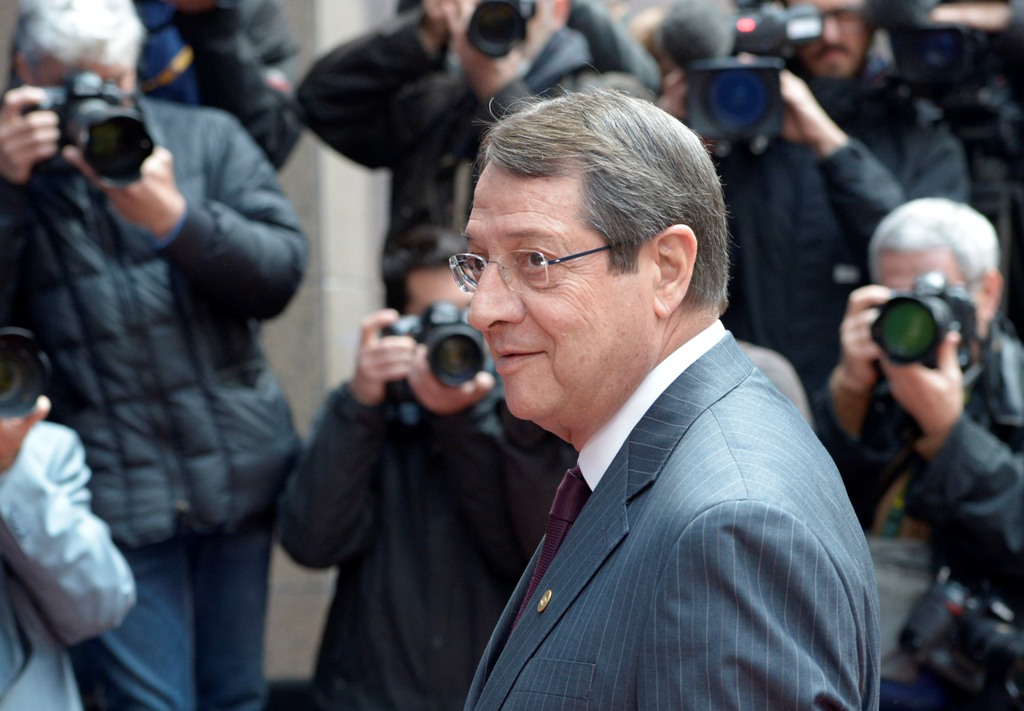 President Anastasiades calls on people to strengthen parliament's mandate
