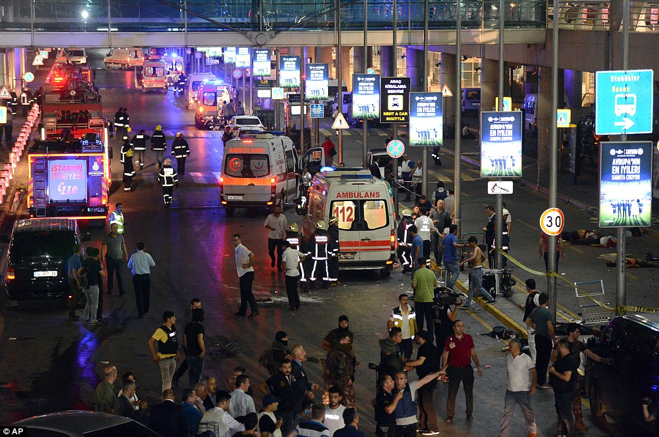 Suicide bombs kill 28, wound dozens at Istanbul airport