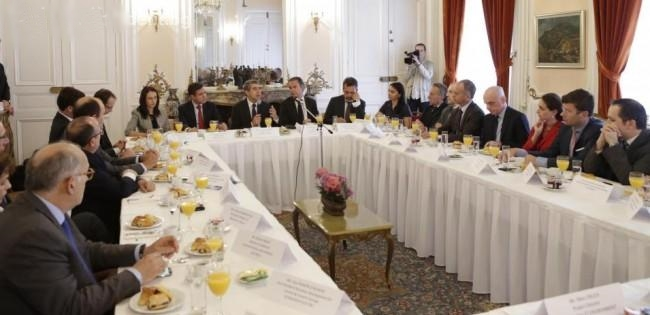 Plevneliev: French firms should choose Bulgaria as outsourcing destination