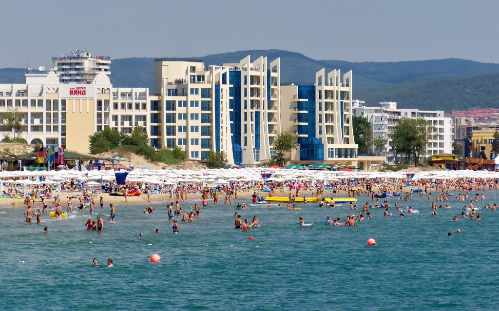 Police checkpoint plan at Bulgaria's Sunny Beach resort irks hoteliers