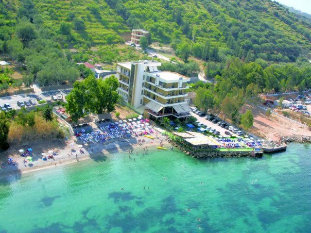 After abandoning Turkey, Russians are setting their eyes toward the Albanian coast