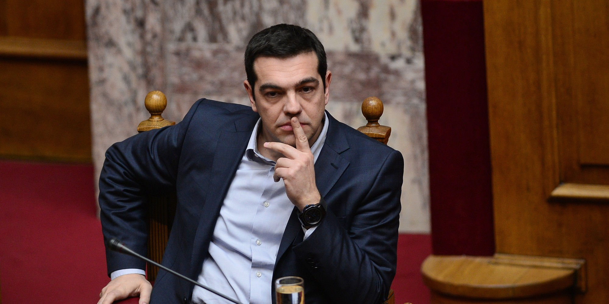 SYRIZA MPs are preparing a letter to Tsipras
