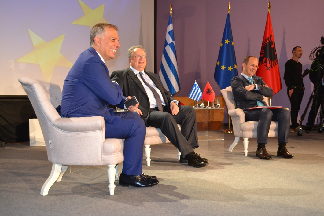 Kotzias: Old unsolved problems should not create difficulties to the European course of Albania