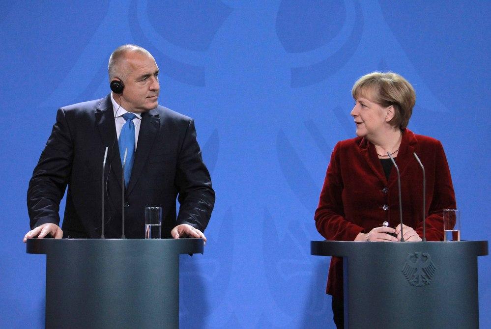 Bulgarian PM Borissov discusses migrant crisis with Merkel