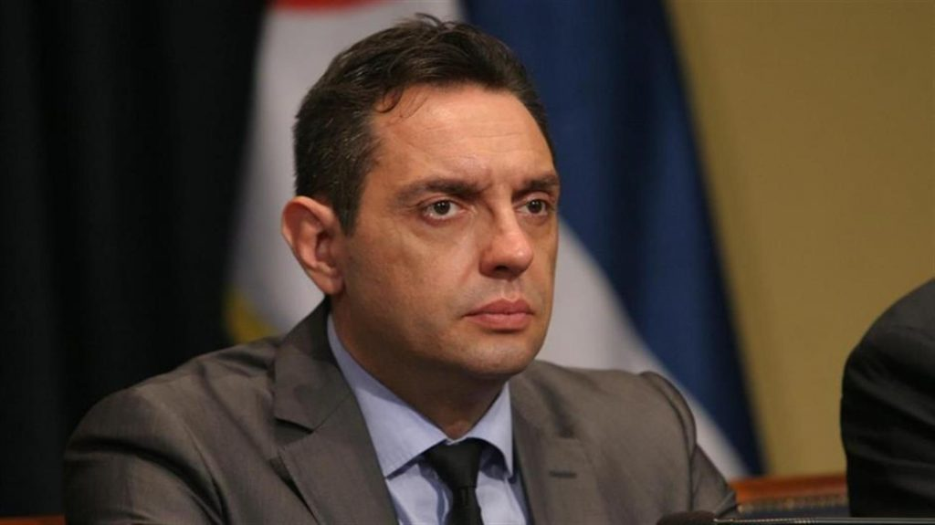 """""""Great powers"""" put pressure on Serbia, minister says"""