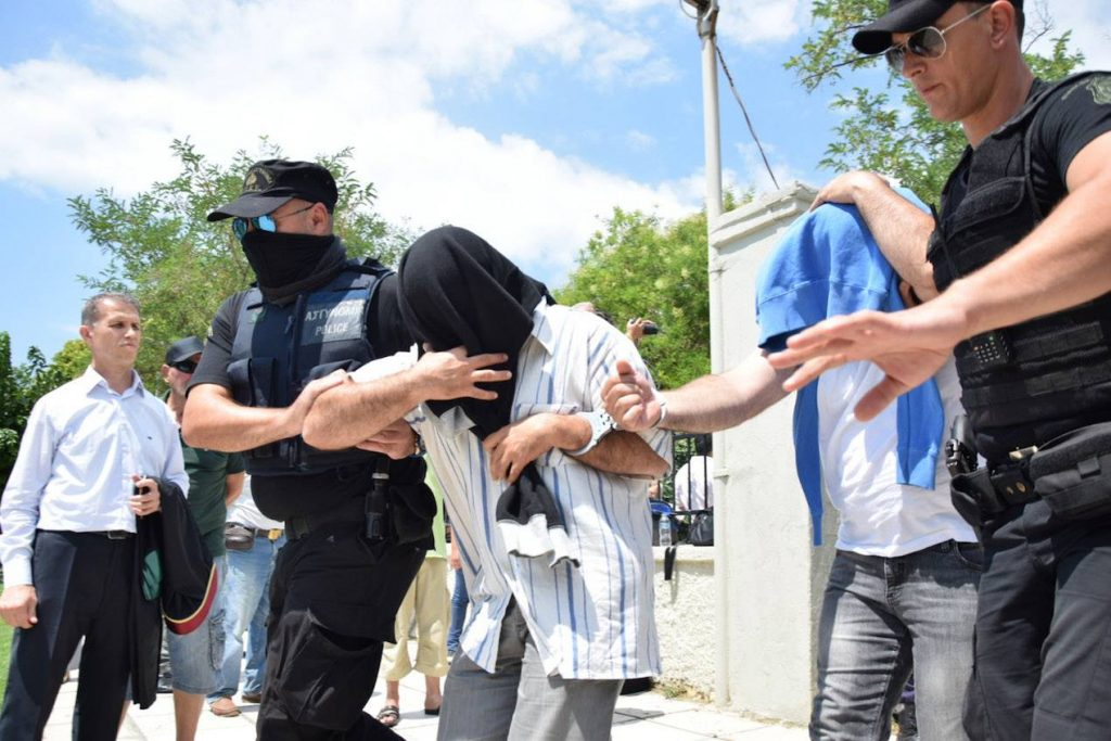 Eight from Turkey found guilty of illegally entering Greece, given suspended sentences
