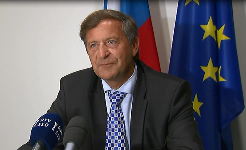 Minister Erjavec attends Foreign Affairs Council meeting
