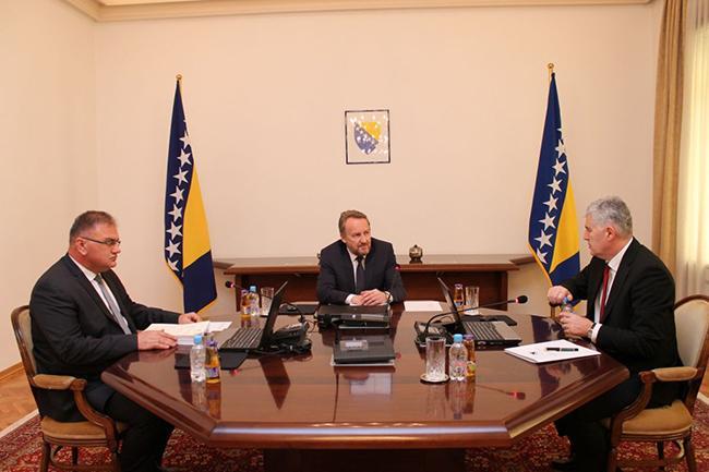 Dodik eases stance; BiH agrees on SAA
