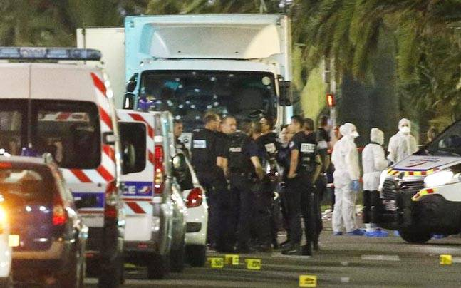 Greece condemns the deadly terrorist attack in Nice