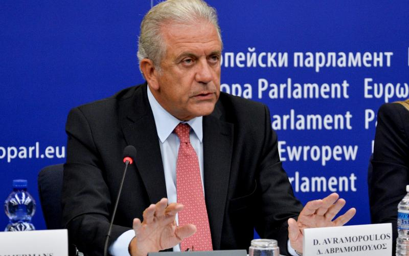 Commission: Relocation of refugees from Greece and Italy is slow