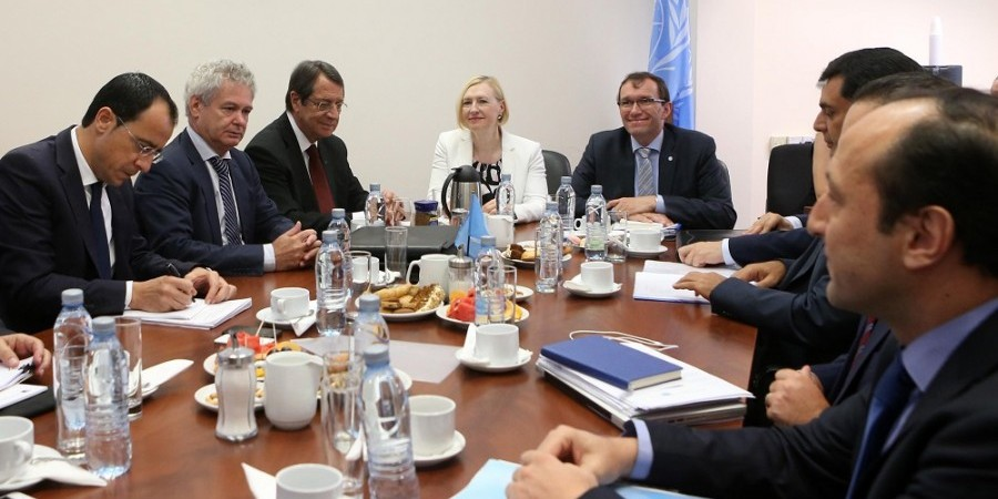 Anastasiades optimistic on economic factor in Cyprus issue