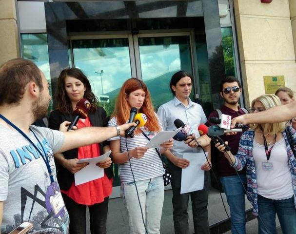 Non parliamentary parties and NGOs demand to be involved in the talks for the solution of the crisis