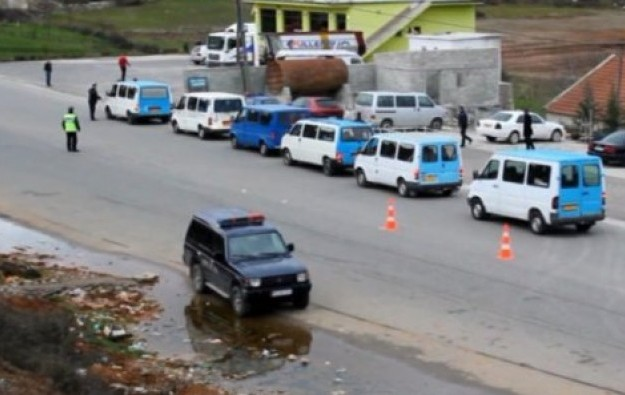 Albanian government decides to stop passenger vans in intercity lines