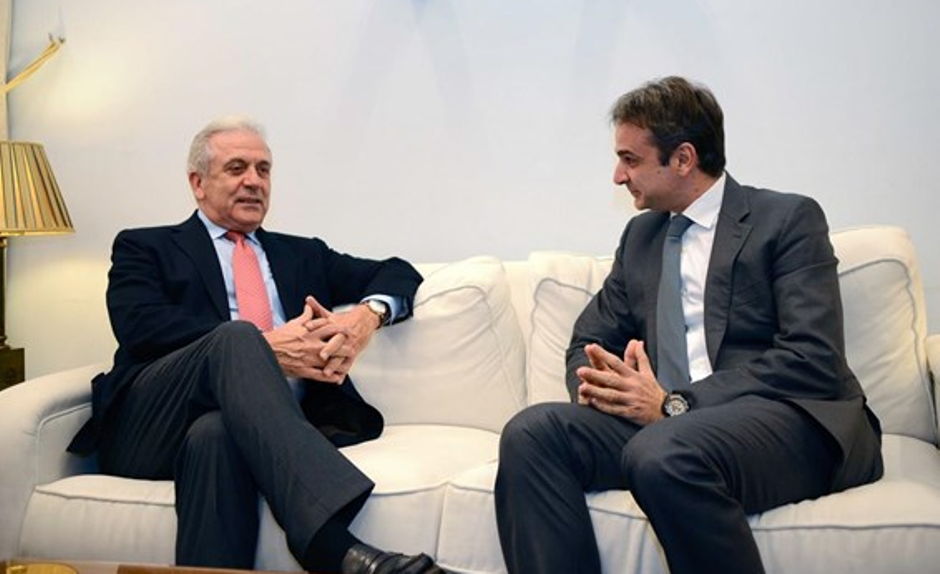 Mitsotakis: Gov't hasn't implemented agreed measures on tackling the refugee issue