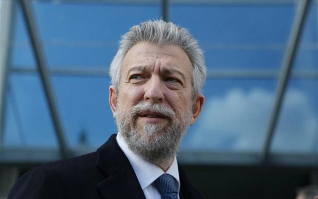 Greek Minister for Sport postpones Super League football premiere