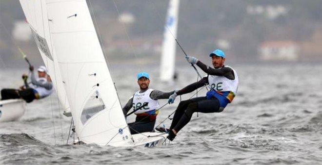 Greek 470 Dinghy Sailing crew wins bronze