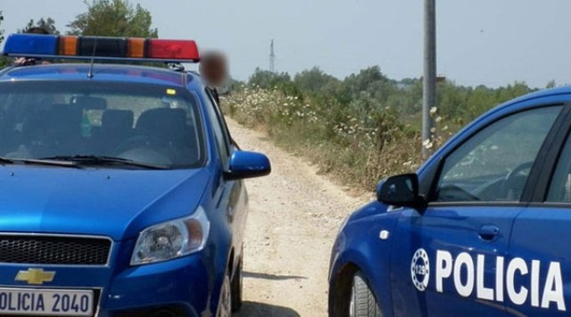 Horrendous murder in south of Albania. The uncle decapitates his 12 years old nephew, resident in Greece
