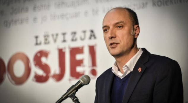 """Opposition leader demands that Biden say """"the truth about the crime directors in Kosovo"""""""