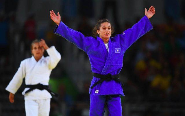 Majlinda Kelmendi wins the golden medal in the Olympic Games