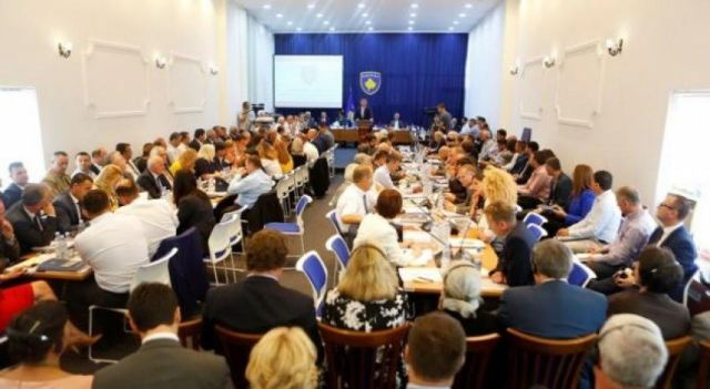 Debate on demarcation, the sides do not withdraw from their position