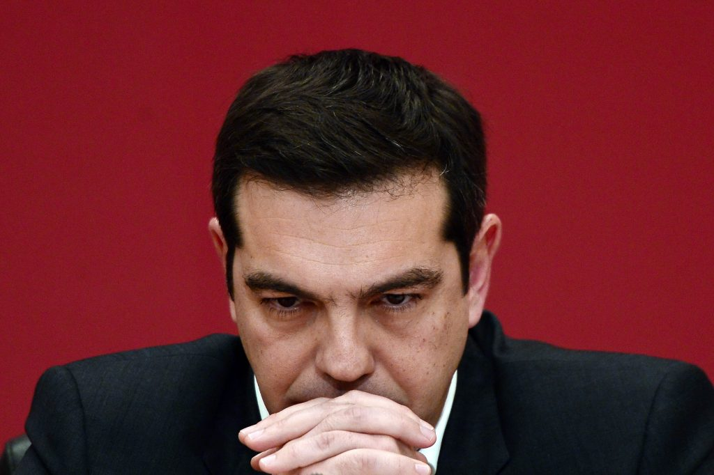 Tsipras weighs options ahead of crucial developments