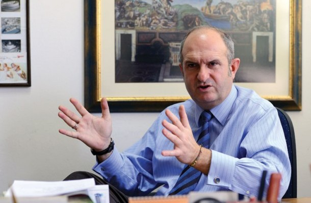 Trial against former PM Buckovski reopens