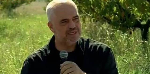 Albanian PM invites farmers to apply for financing