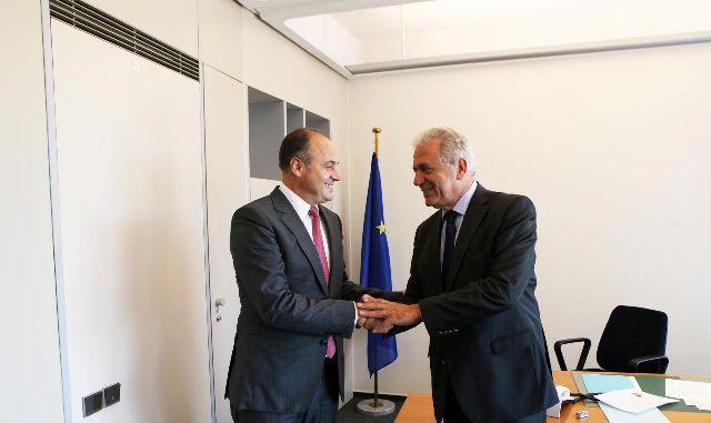 Kosovo's Foreign Minister Hoxhaj meets Avramopolous: The visa regime will soon be lifted