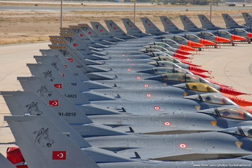 Turkey places ads to cover vacant fighter pilots positions