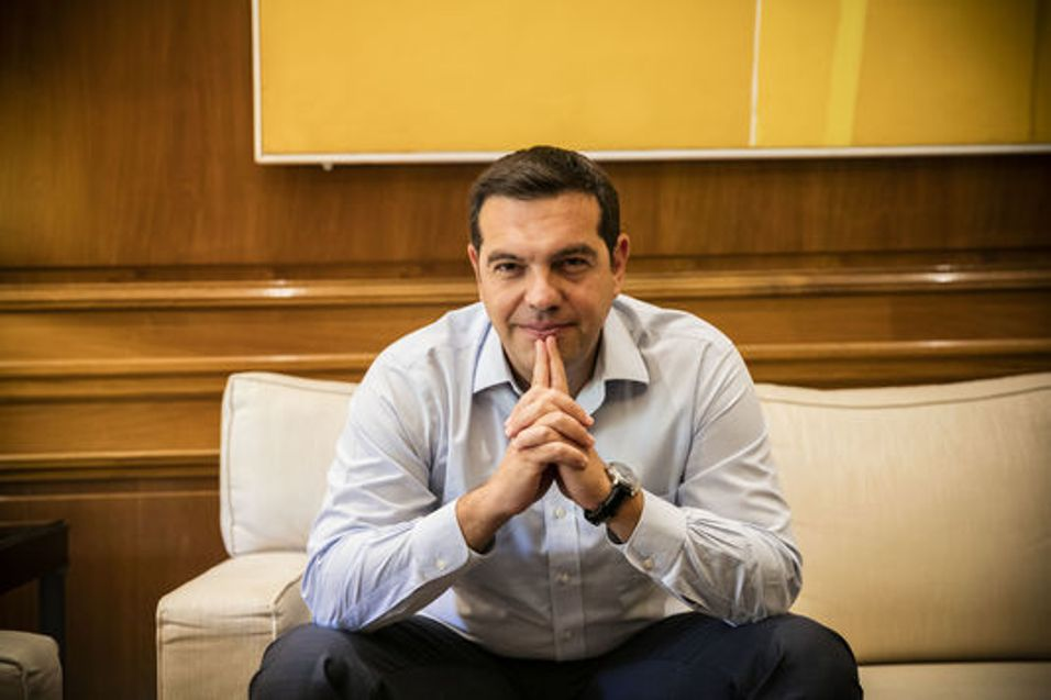"Alexis Tsipras to Le Monde: ""It is about time Europe signaled an exit from the crisis"""