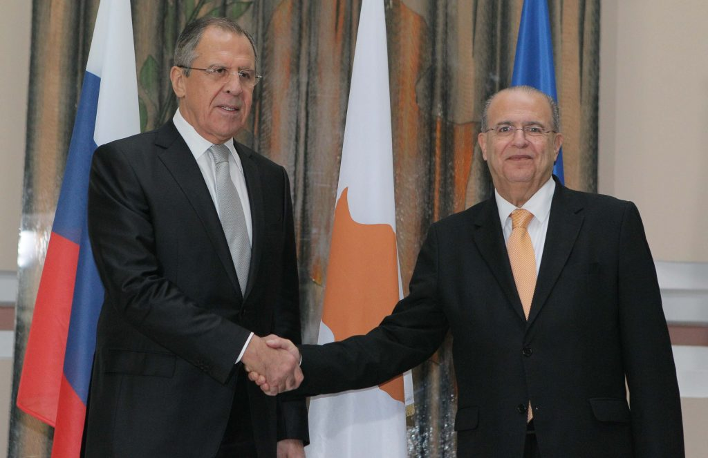 FM Kasoulides met with Russian counterpart Lavrov in Moscow