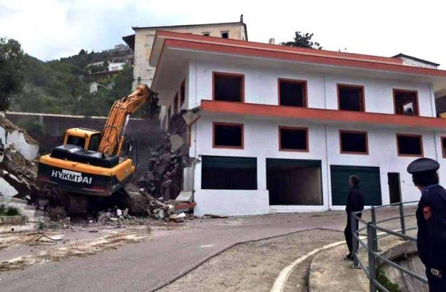 The demolition of the homes of the Greek minority