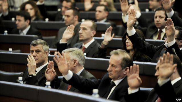 Kosovo's parliament ratifies a resolution which supports KLA