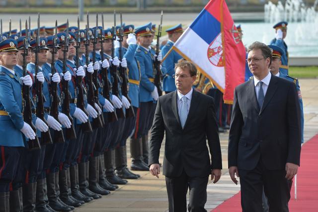 Serbian, Slovenian PMs discuss cooperation, Yugoslav assets