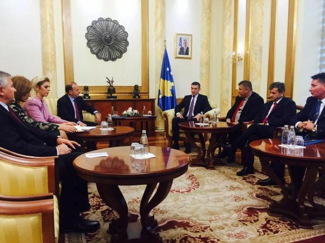 Liberalization of visas brings majority and opposition closer to each other