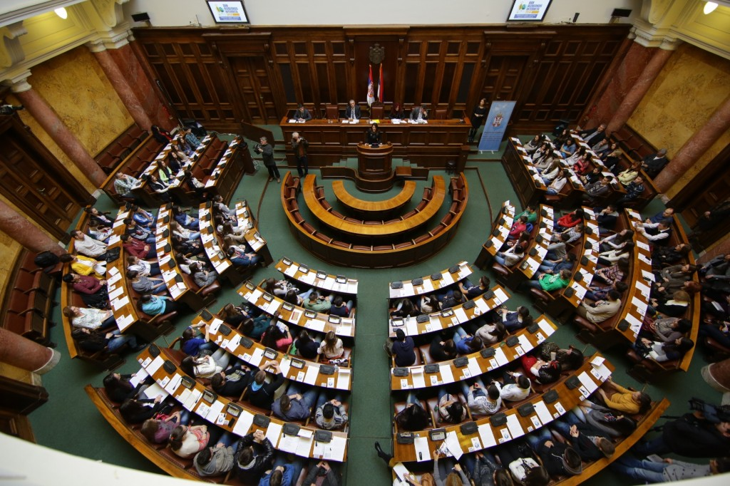 Opposition demands urgent session of the committee for KM