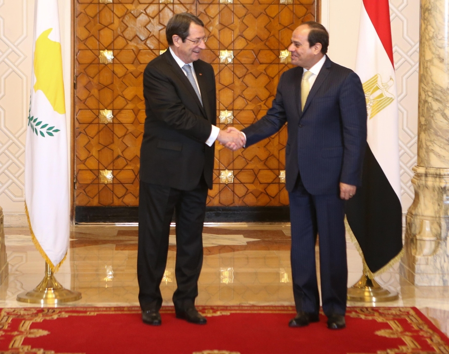 Anastasiades met with the President of Egypt
