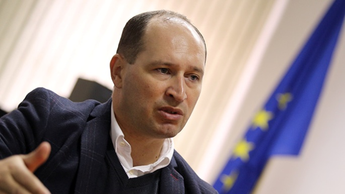Economic growth will return only of the political crisis is solved, says FYROM's Finance minister