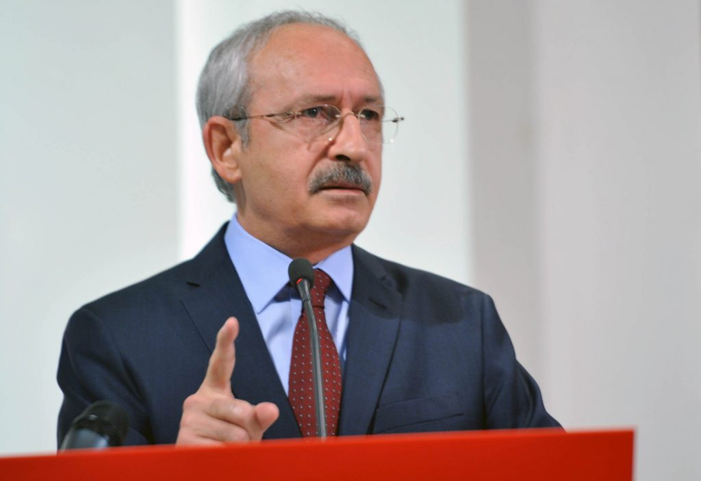 Don't debate presidential system with MHP, CHP head warns party