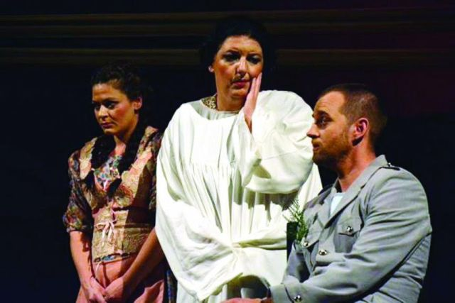 """""""Tot Family"""" comes in the National Theater of Kosovo"""