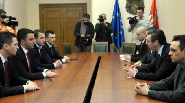 Serb mayors do not recognize their  MPs in Kosovo's parliament