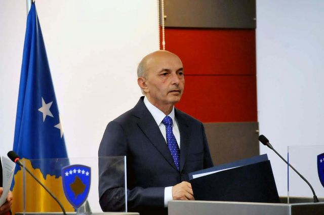 How is the blocking of demarcation with Montenegro mining Kosovo's future?