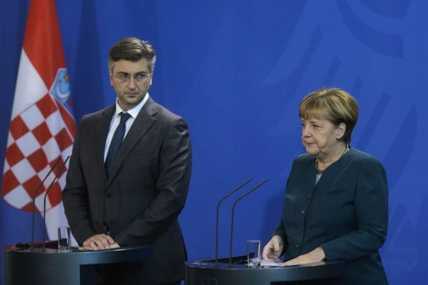 Merkel: Germany ready to help Serbia and Croatia to overcome disputes