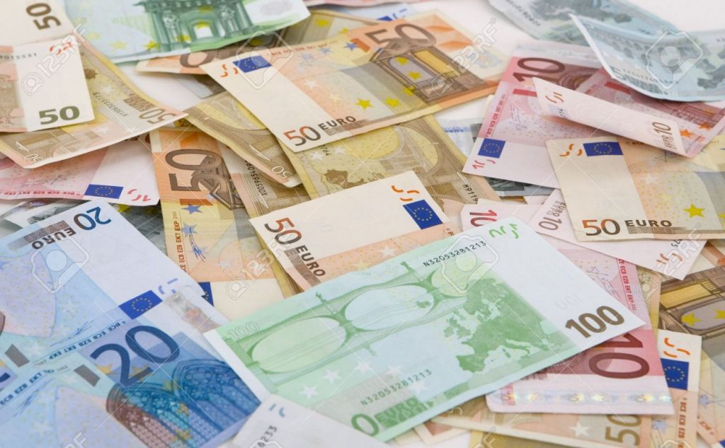 Govt issues guarantee for EUR 520m loan for bad bank