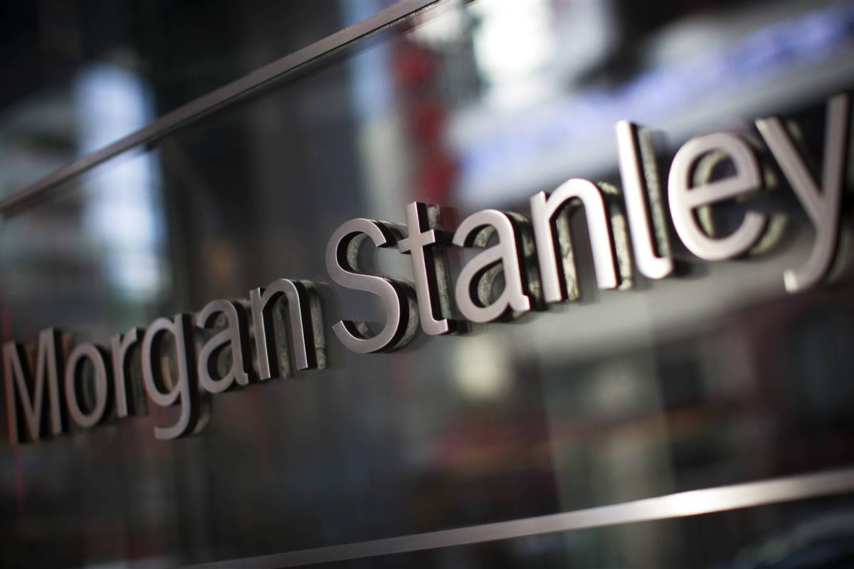 Morgan Stanley sees light at the end of the tunnel for Greek economy