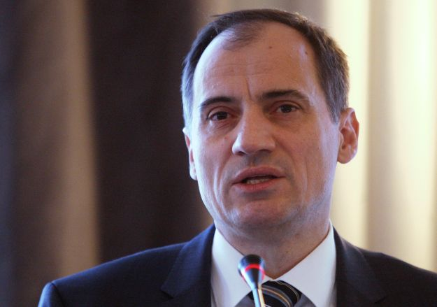 Croatia's energy minister to travel to Brussels on Friday for talks on INA