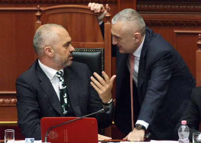 Serious aggravations within the left wing majority in Albania